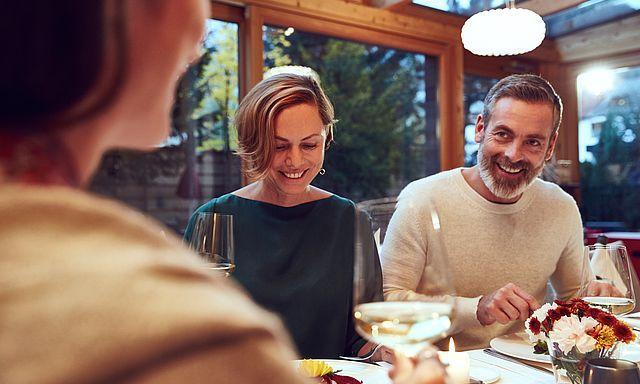 Abendessen mit Freunden im Gourmetrestaurant HeLeni