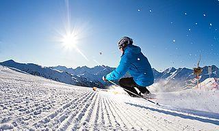 [Translate to en:] 3 Tage Ski-Total im DasPosthotel